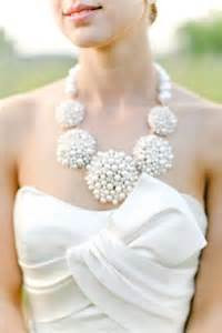 Baltimore Wedding Planning Tip: Statement Necklace for your Wedding