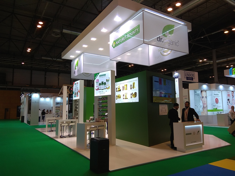 Client: Dr. Organic for Ifarma Expo- Madrid