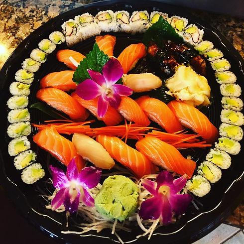 Maneki Neko-sushi-platter.jpg
