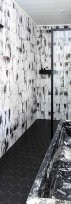 Polar Bear bathroom