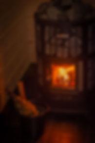 Log burnng sauna stove