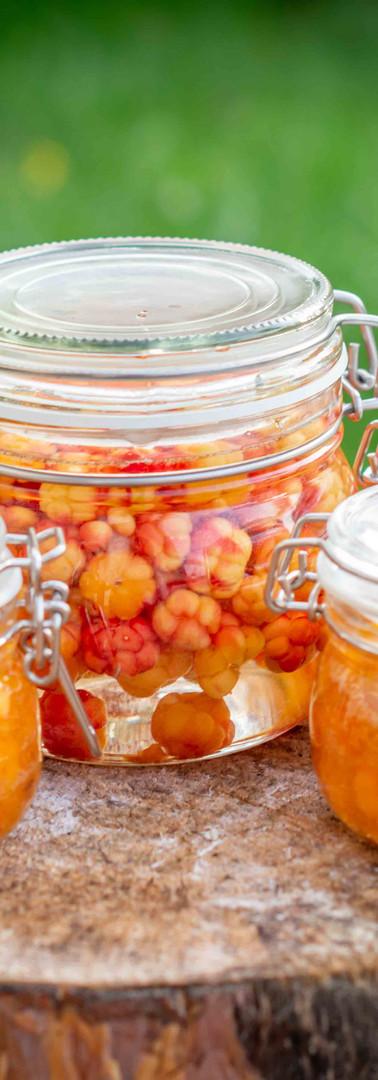 Preserved cloudberries