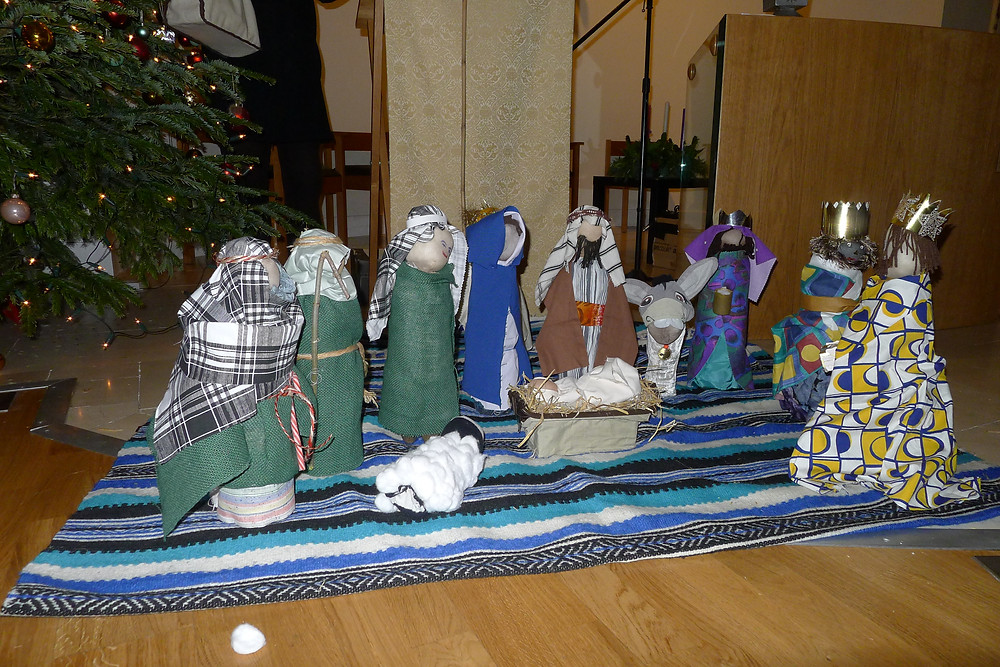 DIY nativity scene made of plastic bottle figures