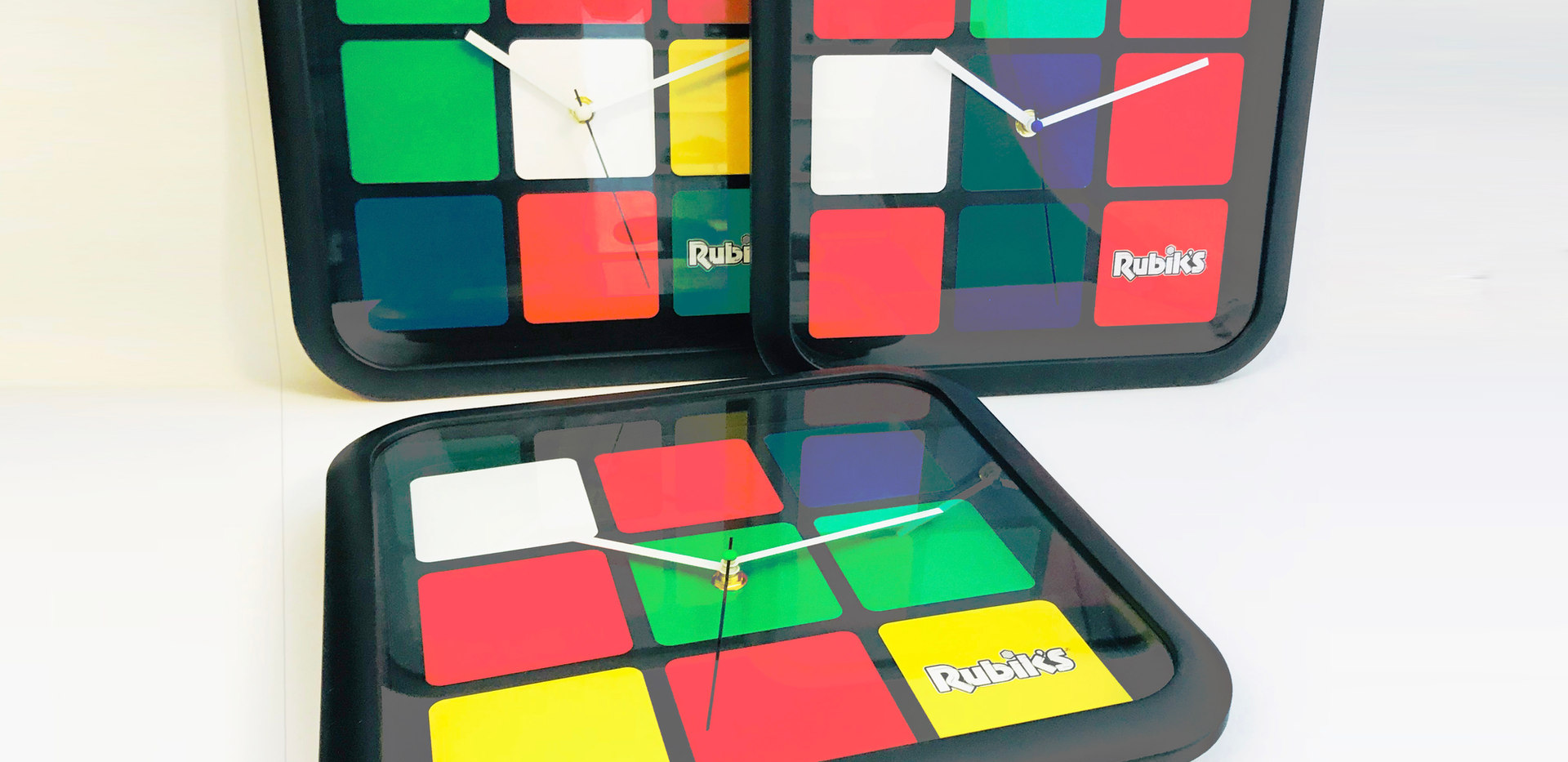 "Rubik's 12"" Clocksl | TOYZON | Rubiks Specials 2018"