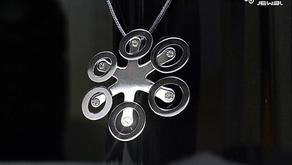 Drone JeweL - l'accessorio moda ispirato al mondo dei droni (APR)