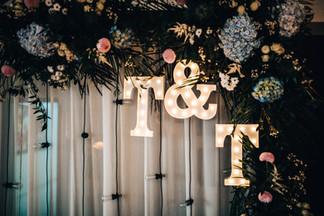 30cm svítící písmena jako svatební iniciály
