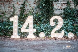 60cm svítící číslice včetně světelných teček