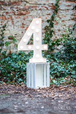 60cm svítící číslice 4
