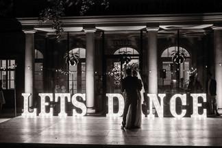 90cm svítící pismena LETS DANCE
