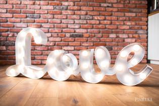45cm spojený nápis Love