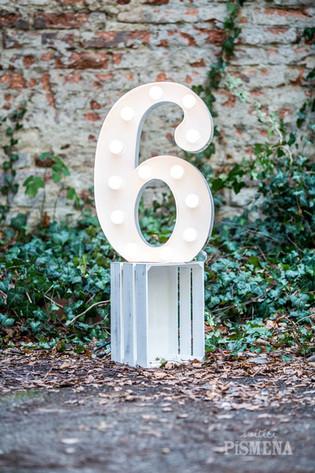60cm svítící číslice 6
