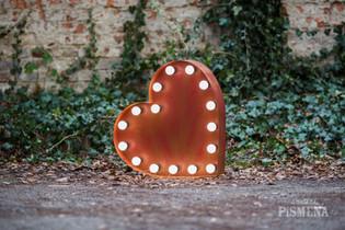 60cm symbol červeného srdce