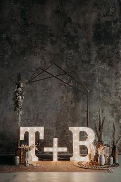 """90cm svítící písmena s 60cm symbolem """"plus"""" na elektřinu"""