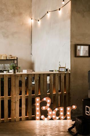 60cm spojený rezavý nápis Bar