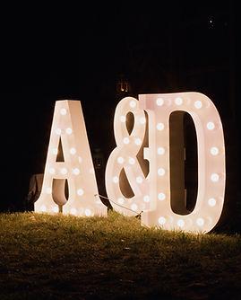 Svítící písmena na svatby