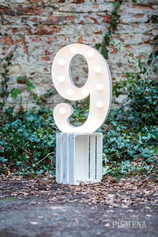 60cm svítící číslice 9