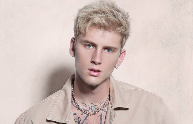 "News: Machine Gun Kelly ""Hollywood Whore"" Music Video & Pays Homage to Chester Bennington"