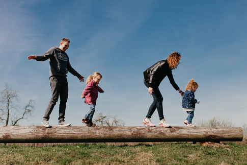 Hamburg, Germany - family portrait session by Ann Ilagan Photography