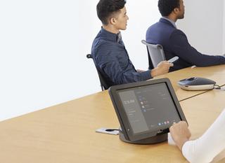 2 sposoby na korzystanie ze Skype dla Firm w salach konferencyjnych.