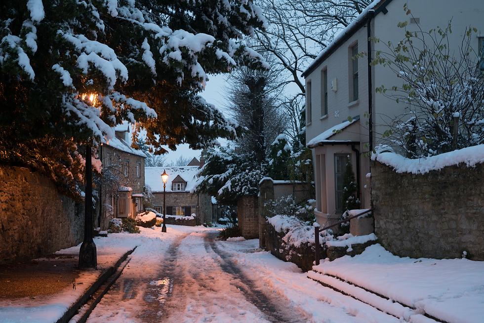 oxford snow village.png