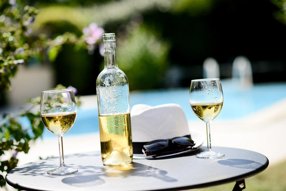 wine pool summer hat.jpg