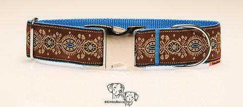 Marrakech brown on light blue