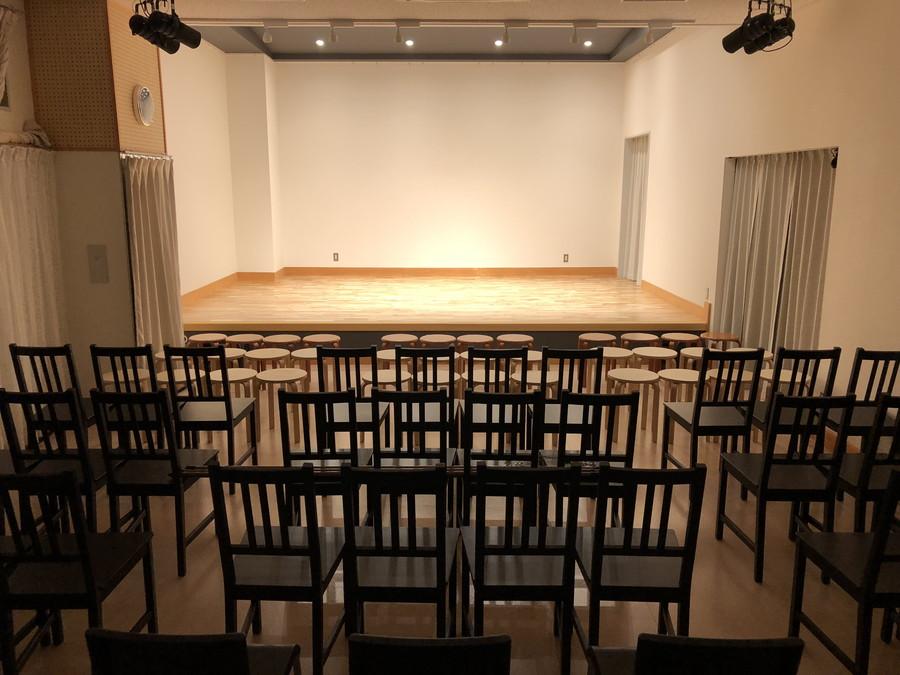 お客様からはステージこのように見えます