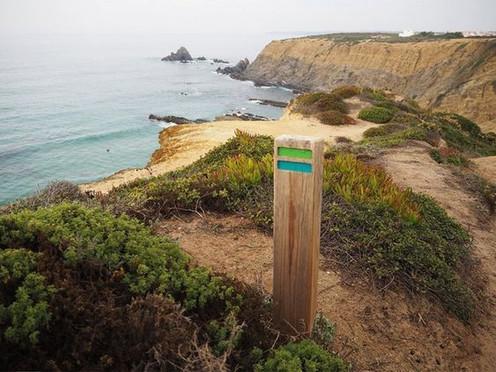 yoga & hiking retreat portugal