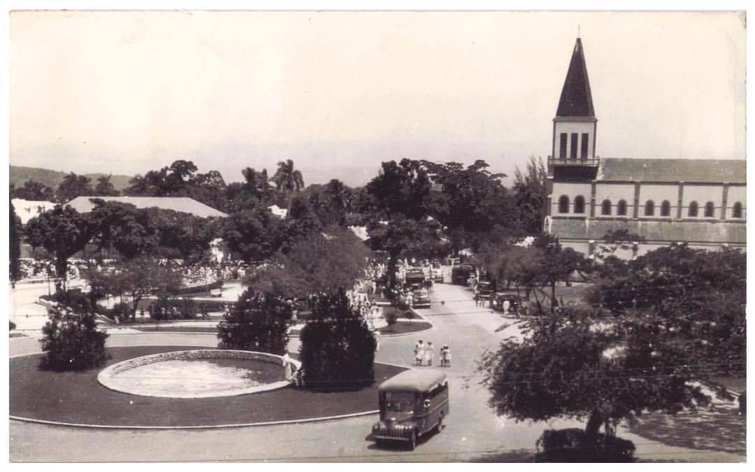 Place Saint Pierre, Petion-Ville