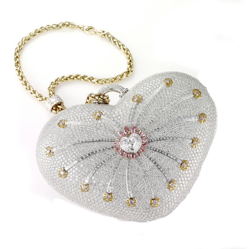 Mouawad's 1001 Diamond Purse $3.8m