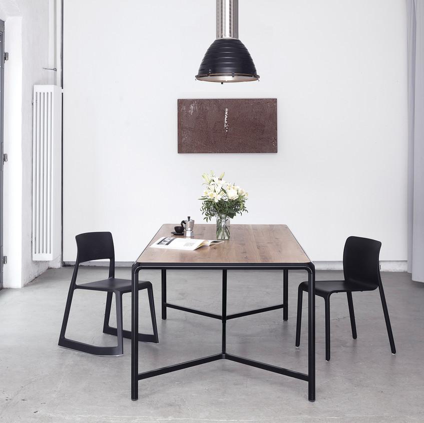 Felix Monza-Rhomb Dining Table