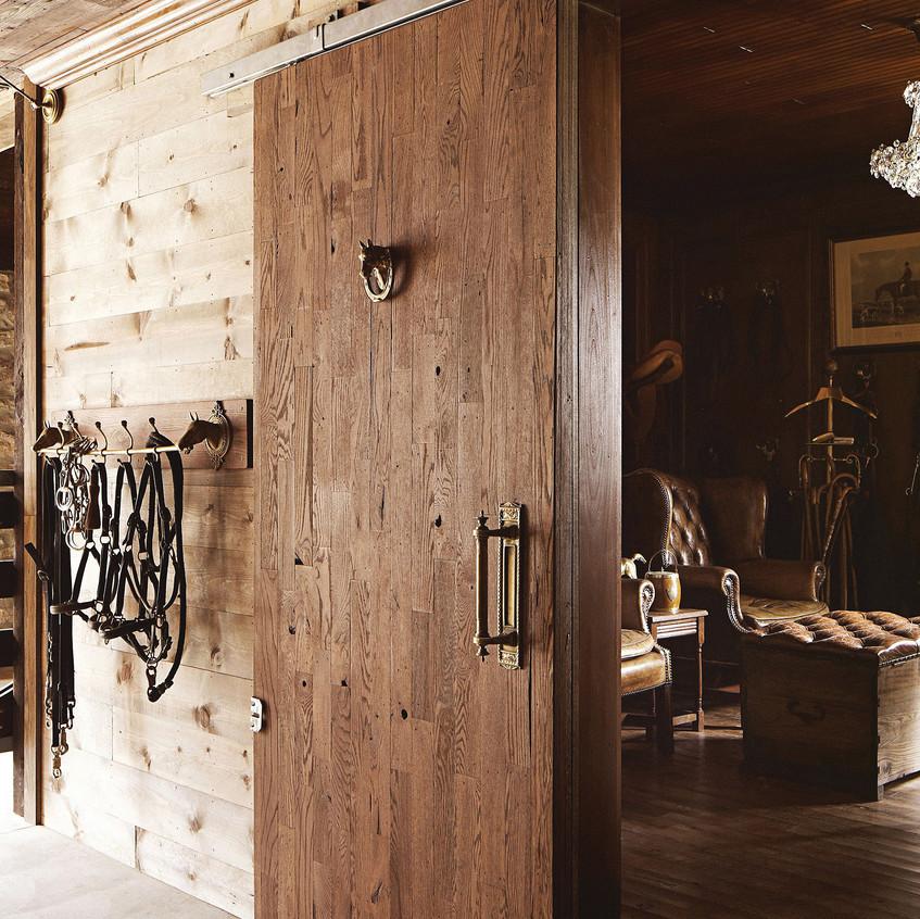 annie-brahler-smith-tack-room-door-0617