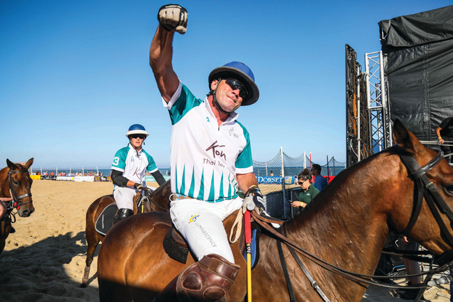 Sand Polo: British Beach Polo is HOT HOT HOT