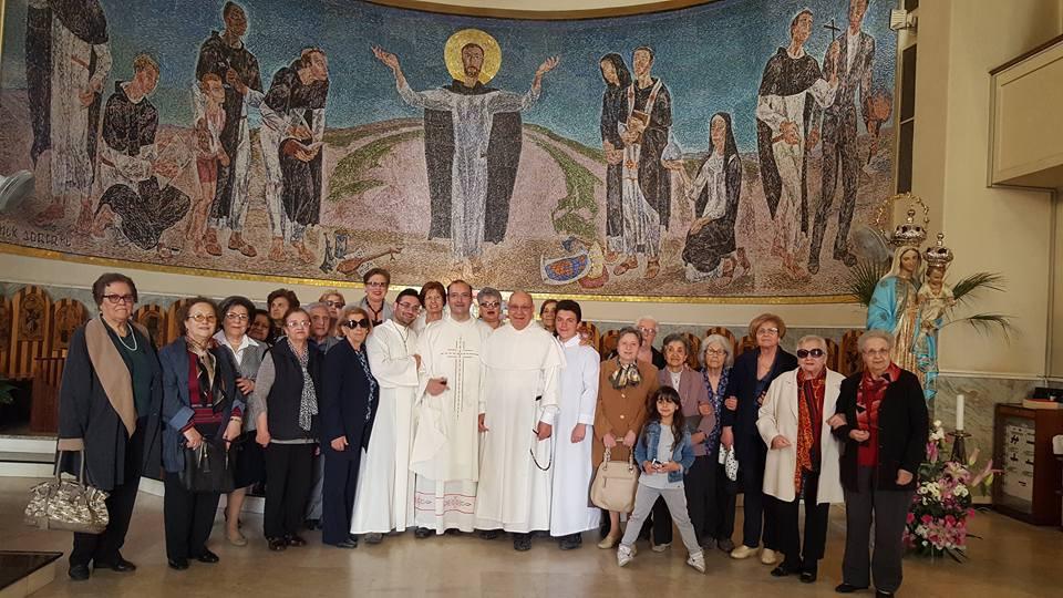 il Parroco mons. Giacomo D'Anna con una Delegazione della Parrocchia di San Paolo