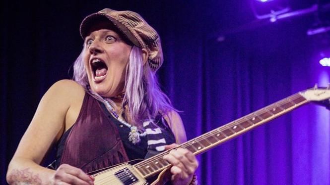 Epic guitar face
