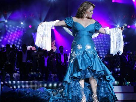 Da un tour virtual por el vestuario de Jenni Rivera en el Museo Grammy