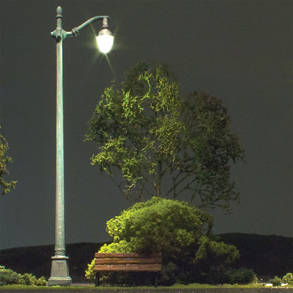 H0 (00) Arched Cast Iron Street Lights