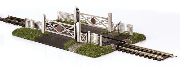 00 Gated Level Crossing (single track)