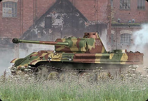 a1352_panther-ausfg_pack-front1.jpg