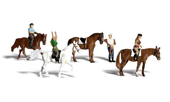 HO Horseback Riders