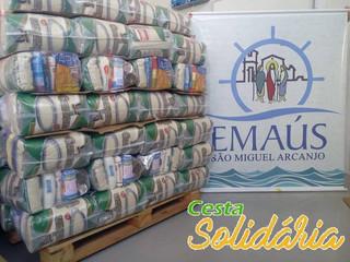 Emaús de São Miguel realiza doação de cestas básicas à famílias necessitadas