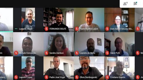 Pastoral Presbiteral reúne padres do Estado em reunião online