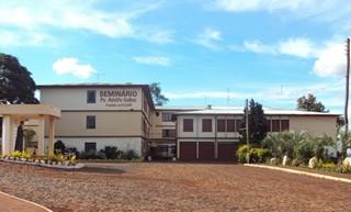 Seminário Pe. Adolfo Gallas: Casa de Formação e Encontros
