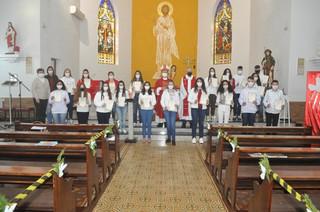 Dom Liro celebra Crismas em Tucunduva