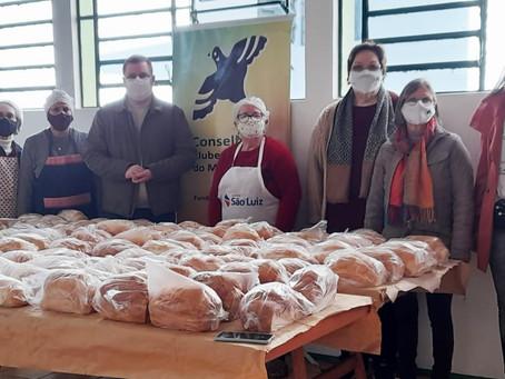 PACRI de Santa Rosa realiza doação de pães aos necessitados