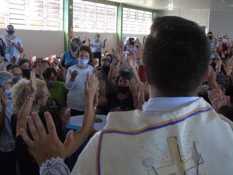 Renovação Carismática realiza Cenáculo em Santa Rosa