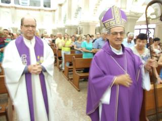 Dom Liro celebra Missa de abertura da Quaresma e  lança a Campanha da Fraternidade 2020 na Catedral