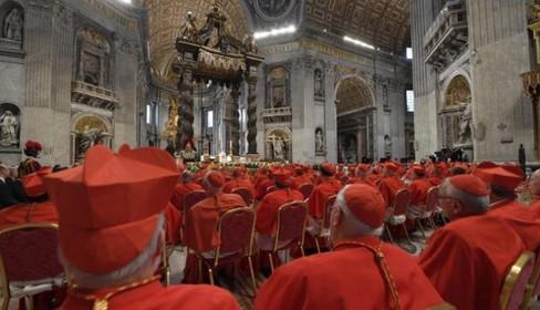 Conheça o perfil do Colégio de Cardeais, com 13 novos membros