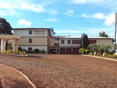 Seminário Padre Adolfo Gallas: espaço de encontros e convívio fraterno