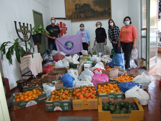 Cáritas Diocesana recebe doação de alimentos